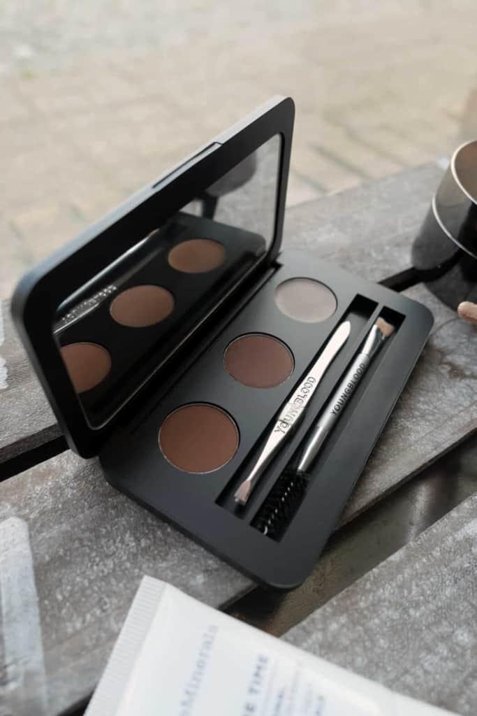 makeup ogonbryn 683x1024 - Vardagsmakeupen som ger glow
